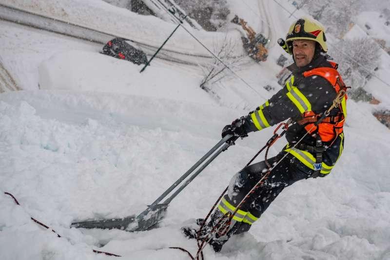 Bundesheer und Feuerwehren in Rosenau und Spital am Pyhrn im Einsatz - Bild 40