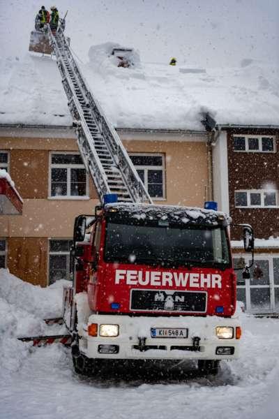 Bundesheer und Feuerwehren in Rosenau und Spital am Pyhrn im Einsatz - Bild 43