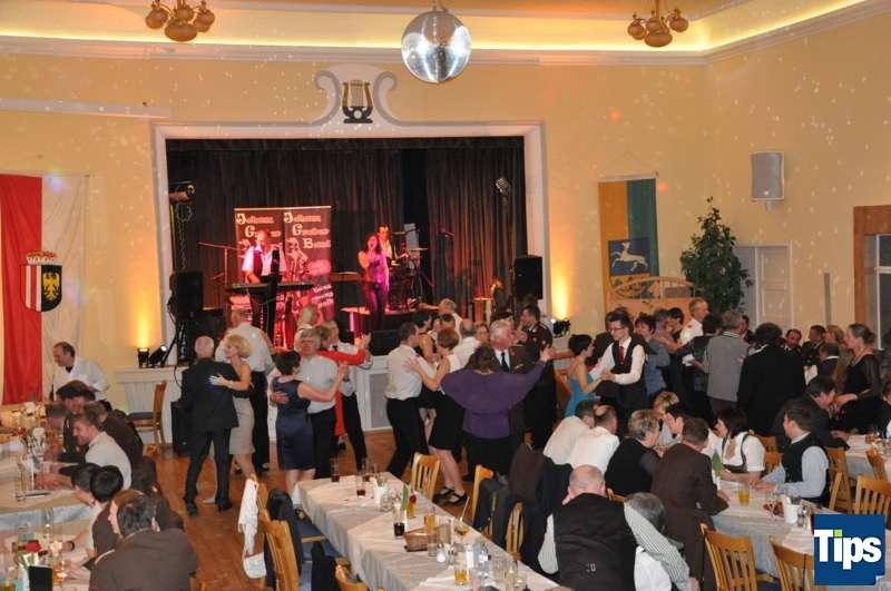 Ball der Freiwilligen Feuerwehr Inzersdorf - Bild 19