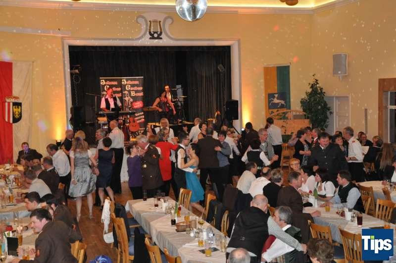 Ball der Freiwilligen Feuerwehr Inzersdorf - Bild 23
