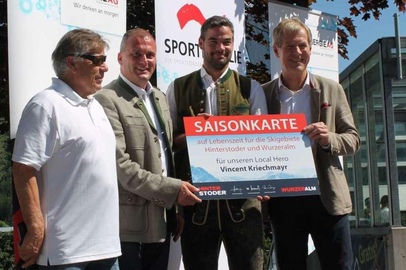 Vincent Kriechmayr erhält Weltmeistergondel und verlängert Sponsorvertrag - Bild 3