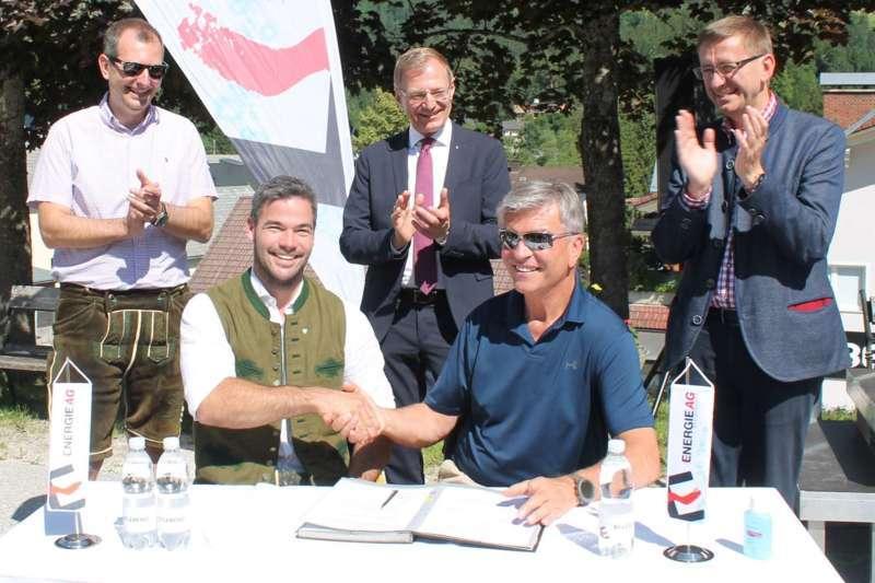 Vincent Kriechmayr erhält Weltmeistergondel und verlängert Sponsorvertrag - Bild 5
