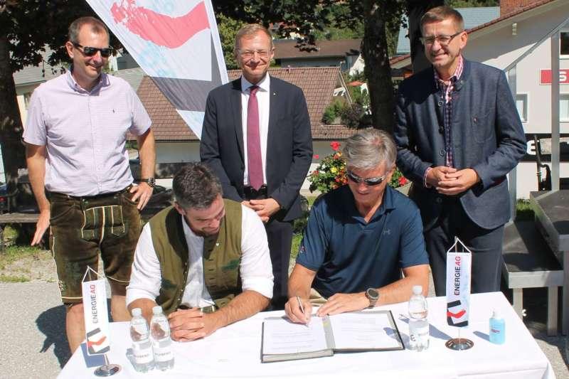 Vincent Kriechmayr erhält Weltmeistergondel und verlängert Sponsorvertrag - Bild 7