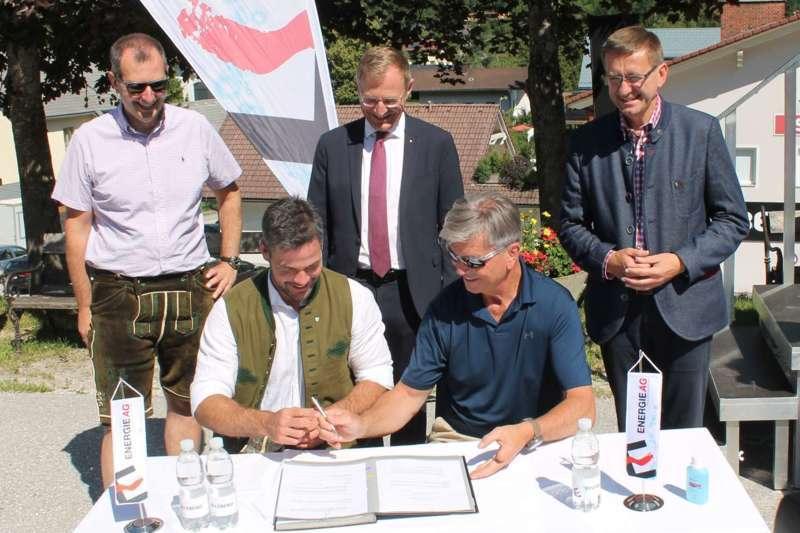 Vincent Kriechmayr erhält Weltmeistergondel und verlängert Sponsorvertrag - Bild 9
