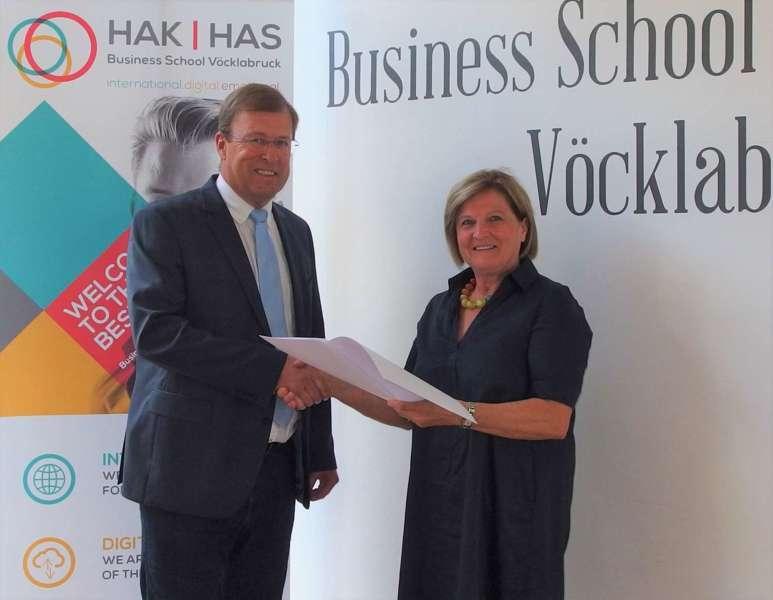 Business School Vöcklabruck: Wechsel in der Schulleitung - Bild 3