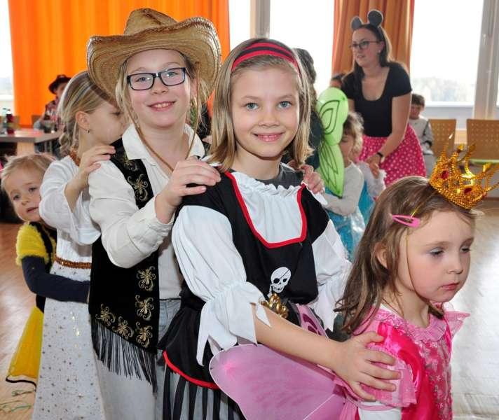 Bunter Kinderfasching in Haibach  - Bild 15