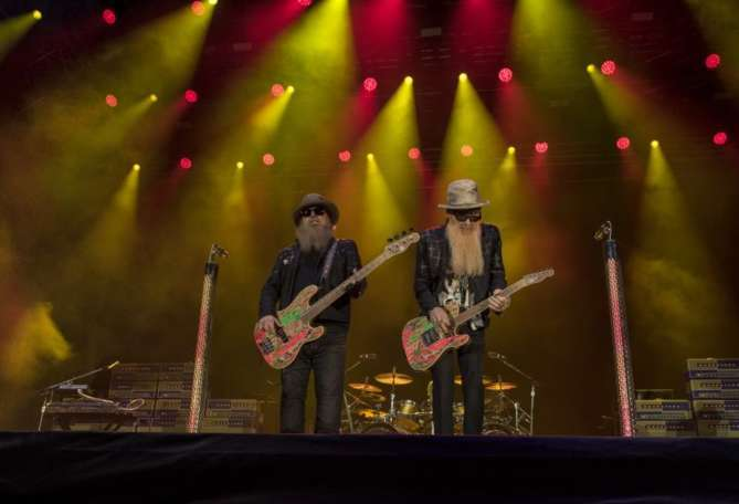 BURG CLAM. ZZ Top. Foreigner.