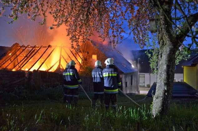 Wohnhaus im Waldviertel stand in Flammen