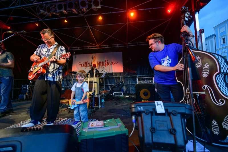 cittá musica: Jonny Comet & The Rockets brachten den Hauptplatz zum Beben - Bild 48