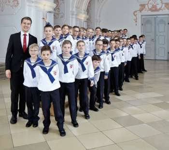 St. Florianer Sängerknaben mit Männerchor in Ebensee