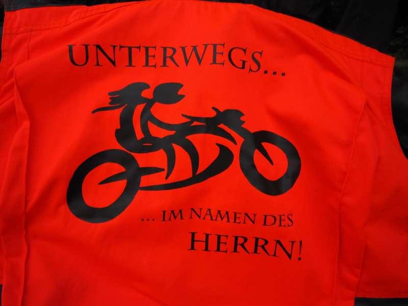 """""""Unterwegs im Namen des Herrn"""" - Motorradwallfahrt - Bild 1465627192"""