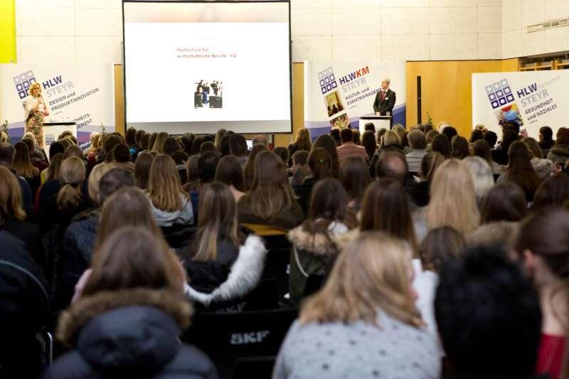 Schulinfoabend der HLW Steyr am 11. Jänner 2018 - Bild 8