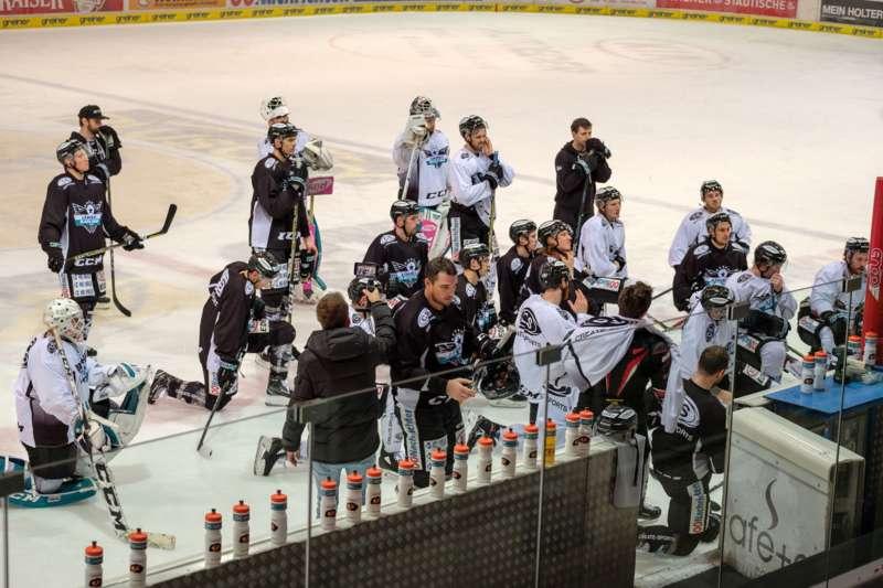 Trainingsalltag der Black Wings Linz - Bild 25