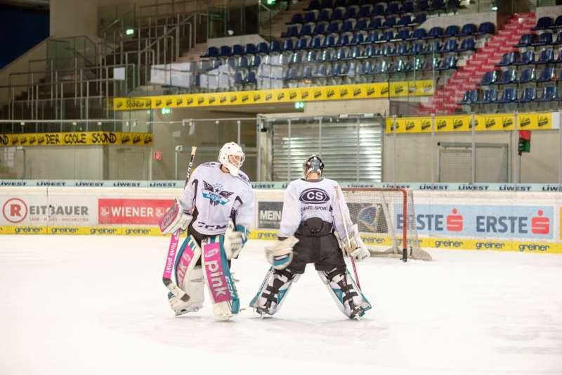 Trainingsalltag der Black Wings Linz - Bild 28