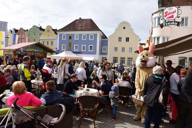 Süße Geschenke & bunte Ostereier in Schärding - Bild 2