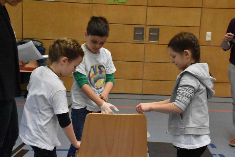 Helfi-Bezirkswettbewerb in der Volksschule Schönau - Bild 30
