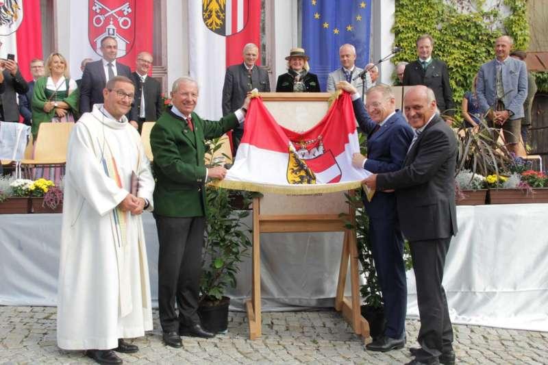 Festakt: Gedenktafel für berühmten Sohn von Bad Zell enthüllt - Bild 30