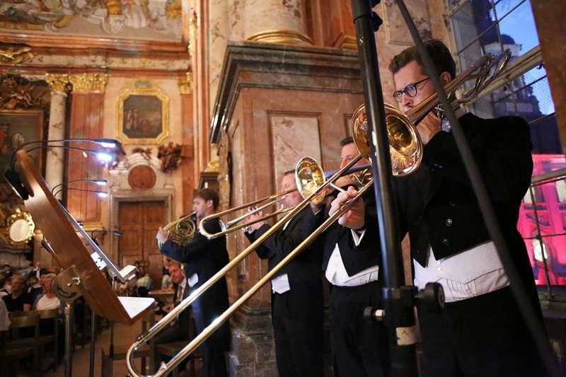 """Eröffnungskonzert  """"Britten – Brubeck – Bruckner"""" - Bild 1471215454"""