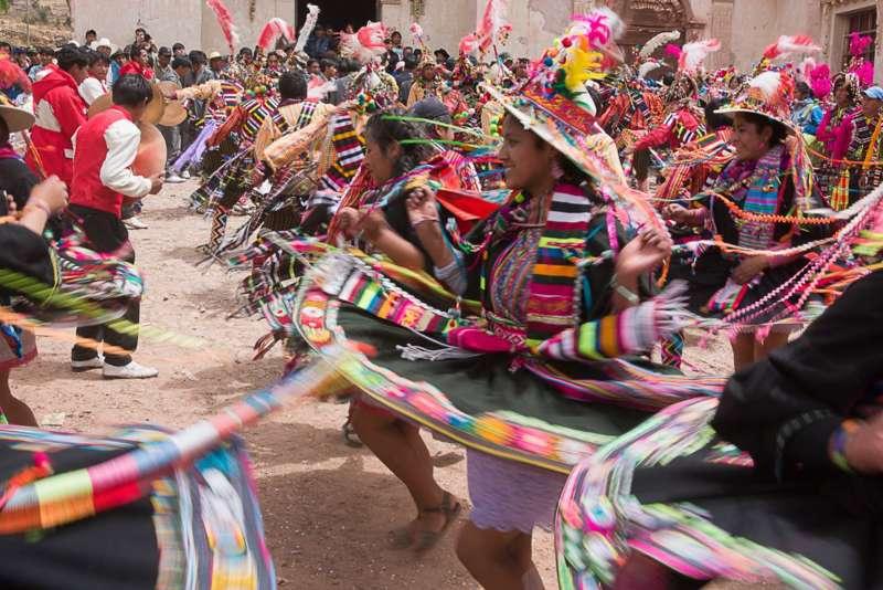 """Multimediashow mit Livemusik: Bolivien """"Anden, Yungas und Fiestas"""" Linz-Wissensturm - Bild 1428597957"""
