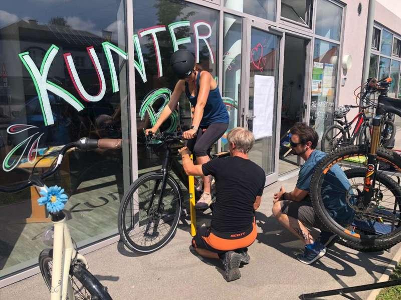 Mountainbiken / Fahrtechnik- und Geschicklichkeits-training - Bild 1