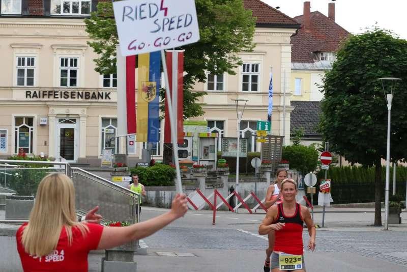 Baierl und Tripolt siegen beim 19. Kirchdorfer Stadtlauf - Bild 88