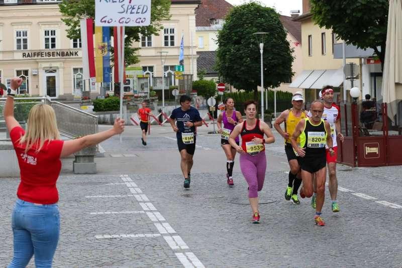 Baierl und Tripolt siegen beim 19. Kirchdorfer Stadtlauf - Bild 129
