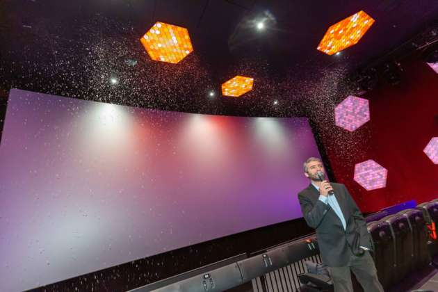 4dx Kinosaal Im Hollywood Megaplex In Pasching Eröffnet