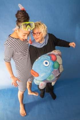 Kindertheater Regenbogenfisch Ist Im Schloss Traun Zu Sehen