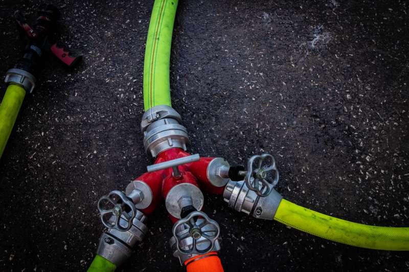 Brand bei Abfallunternehmen in Traun  - Bild 23