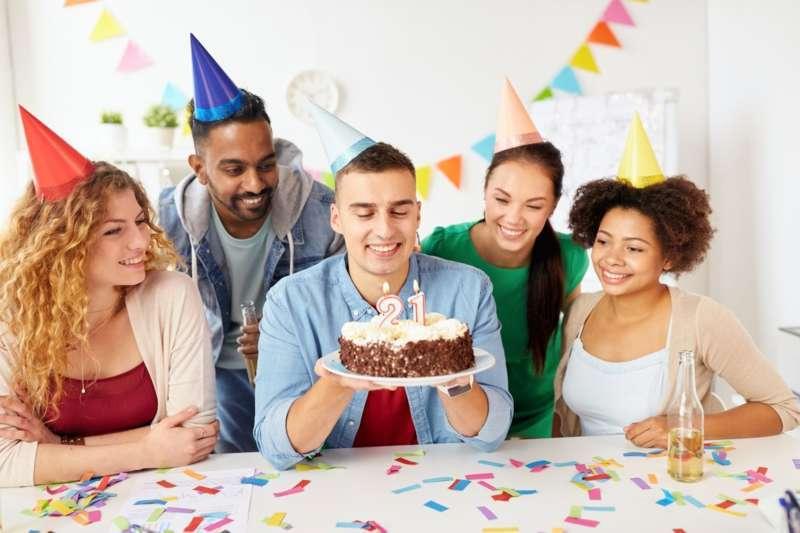 Geburtstag überraschungsideen für Geburtstagsüberraschung Ideen