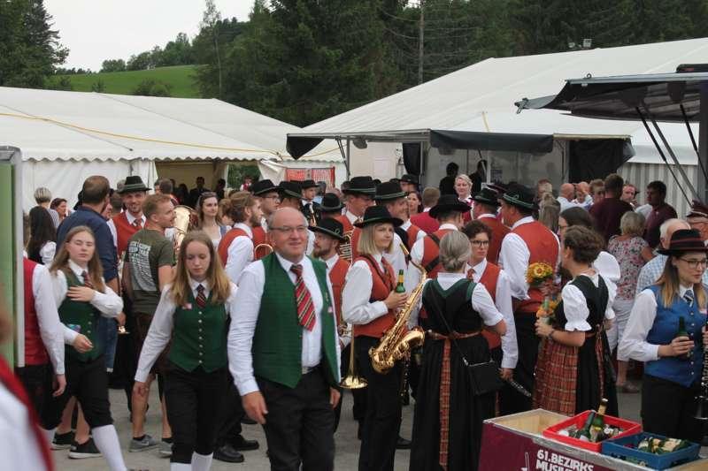 61. Bezirksmusikfest in Neustift - Bild 18