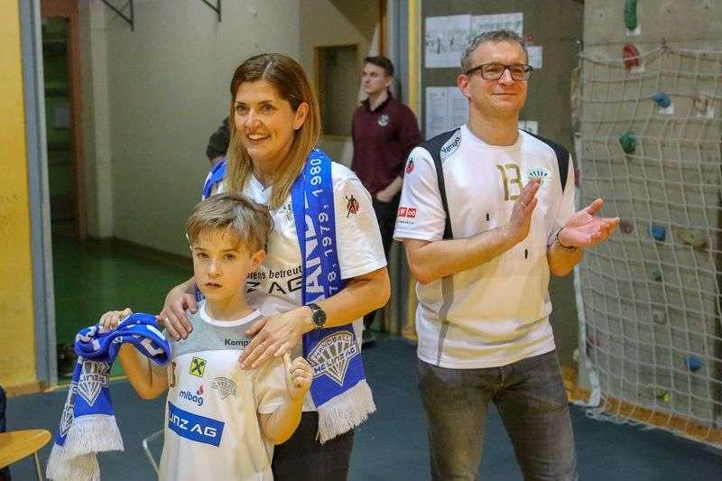 Linzer Handballer schaffen Klassenerhalt in Verlängerung - Bild 13