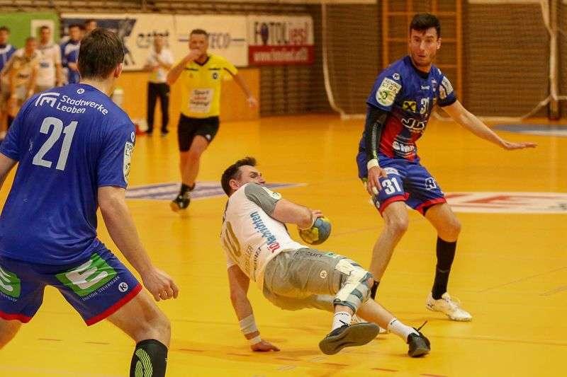 Linzer Handballer schaffen Klassenerhalt in Verlängerung - Bild 15