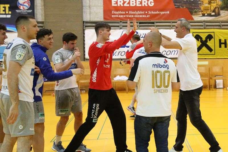 Linzer Handballer schaffen Klassenerhalt in Verlängerung - Bild 16