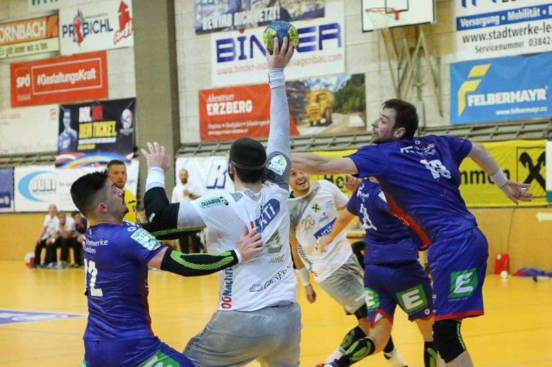 Linzer Handballer schaffen Klassenerhalt in Verlängerung - Bild 18