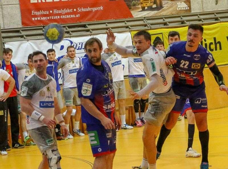 Linzer Handballer schaffen Klassenerhalt in Verlängerung - Bild 37