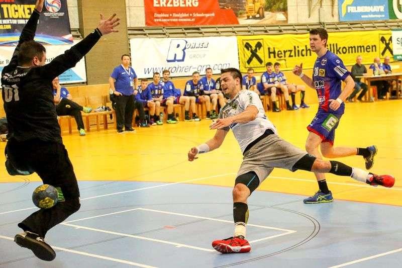 Linzer Handballer schaffen Klassenerhalt in Verlängerung - Bild 45