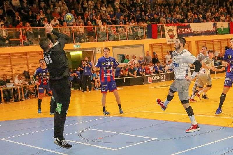 Linzer Handballer schaffen Klassenerhalt in Verlängerung - Bild 51