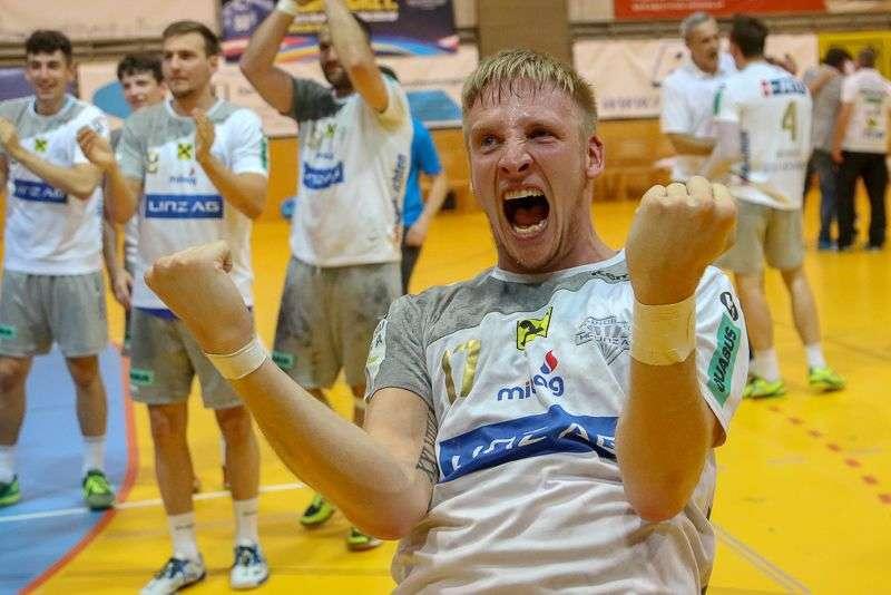 Linzer Handballer schaffen Klassenerhalt in Verlängerung - Bild 61