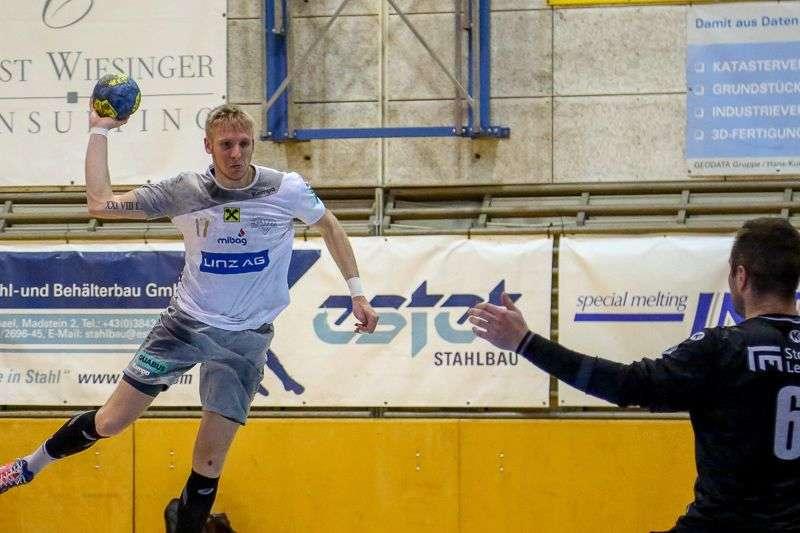 Linzer Handballer schaffen Klassenerhalt in Verlängerung - Bild 95