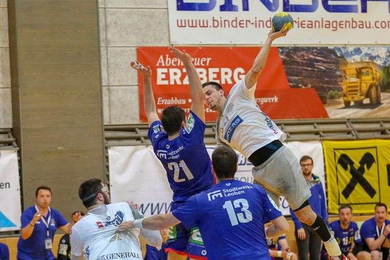 Linzer Handballer schaffen Klassenerhalt in Verlängerung - Bild 103