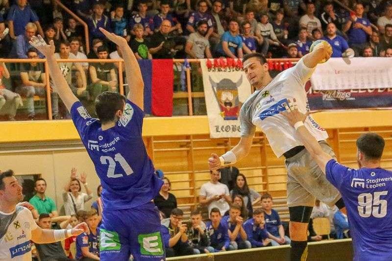 Linzer Handballer schaffen Klassenerhalt in Verlängerung - Bild 127