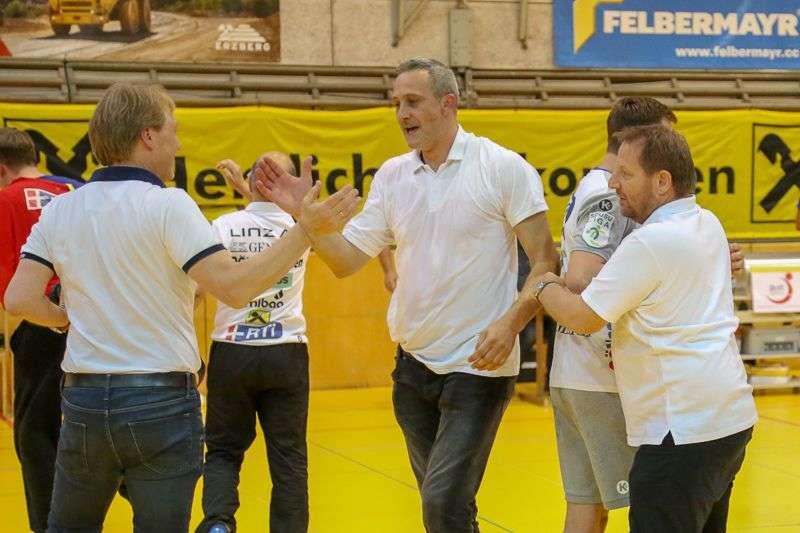 Linzer Handballer schaffen Klassenerhalt in Verlängerung - Bild 130