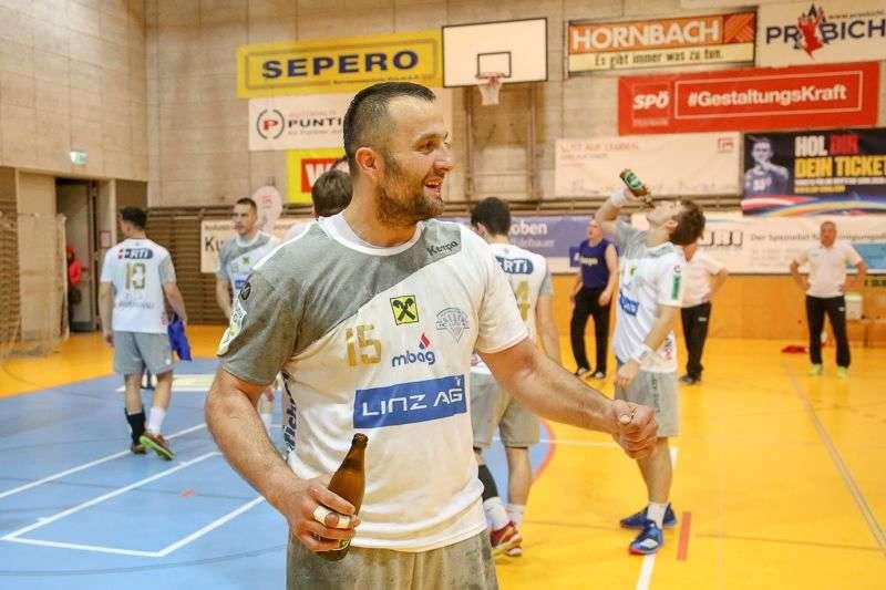 Linzer Handballer schaffen Klassenerhalt in Verlängerung - Bild 133