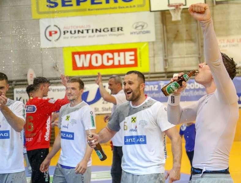 Linzer Handballer schaffen Klassenerhalt in Verlängerung - Bild 134