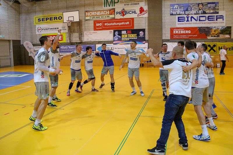 Linzer Handballer schaffen Klassenerhalt in Verlängerung - Bild 142