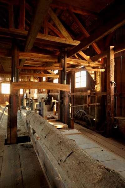 HOLZ - HAND - WERK Handwerker im Fassbinderei- und Weinbaumuseum Straß - Bild 1473246456