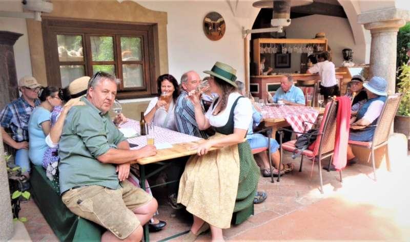 Grünau im Almtal : Gelungener Genuss und Handwerksmarkt beim Hotel Almtalhof. - Bild 9