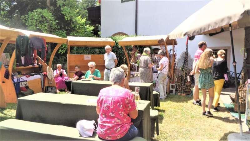 Grünau im Almtal : Gelungener Genuss und Handwerksmarkt beim Hotel Almtalhof. - Bild 22