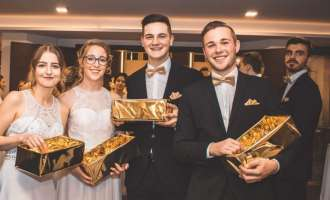 """HAKademy Awards - Our Golden Moments"": Perger HAK-Schüler feierten Maturaball"